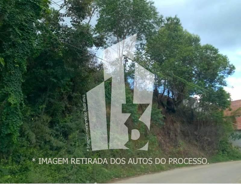 TERRENO C/ 333,95M² - Lance Inicial: R$11.200,00- Avaliação: R$28.000,00
